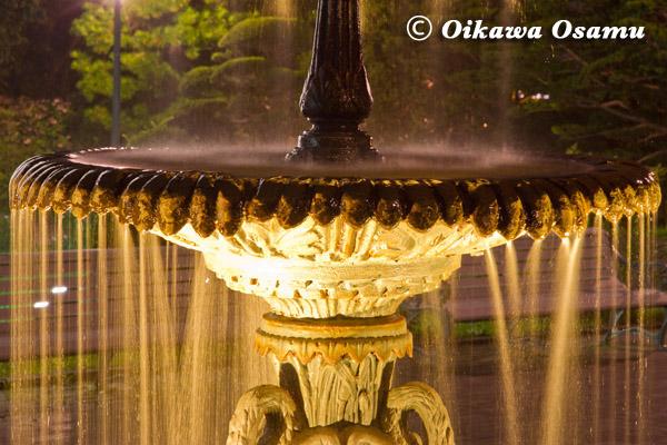 夜景 旧イギリス領事館 噴水